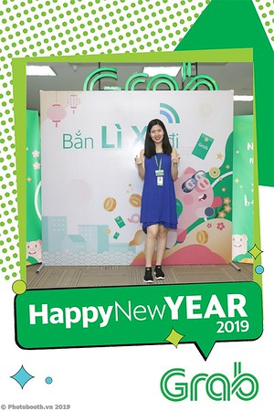 Grab-Hanoi-Kim-Anh-Office-New-Year-instant-print-photobooth-Chup-anh-hinh-hinh-lay-lien-nam-moi-photobooth-vietnam-003-3
