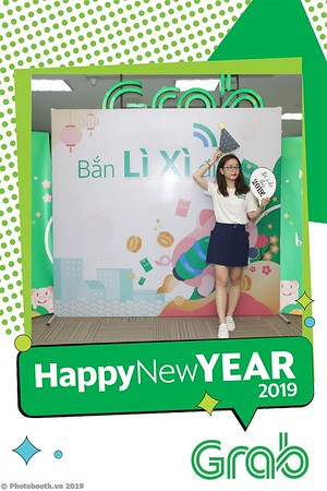Grab-Hanoi-Kim-Anh-Office-New-Year-instant-print-photobooth-Chup-anh-hinh-hinh-lay-lien-nam-moi-photobooth-vietnam-011-2
