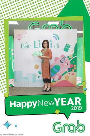 Grab-Hanoi-Kim-Anh-Office-New-Year-instant-print-photobooth-Chup-anh-hinh-hinh-lay-lien-nam-moi-photobooth-vietnam-004-1
