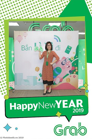 Grab-Hanoi-Kim-Anh-Office-New-Year-instant-print-photobooth-Chup-anh-hinh-hinh-lay-lien-nam-moi-photobooth-vietnam-004-2