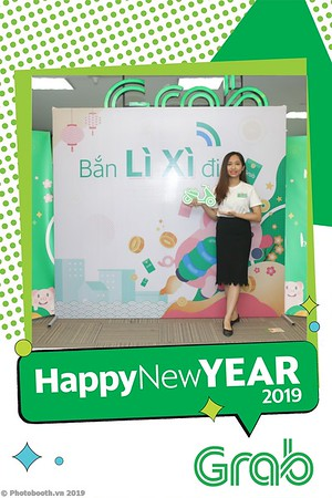 Grab-Hanoi-Kim-Anh-Office-New-Year-instant-print-photobooth-Chup-anh-hinh-hinh-lay-lien-nam-moi-photobooth-vietnam-009-1