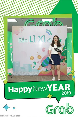 Grab-Hanoi-Kim-Anh-Office-New-Year-instant-print-photobooth-Chup-anh-hinh-hinh-lay-lien-nam-moi-photobooth-vietnam-010-2