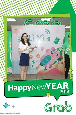 Grab-Hanoi-Kim-Anh-Office-New-Year-instant-print-photobooth-Chup-anh-hinh-hinh-lay-lien-nam-moi-photobooth-vietnam-010-3