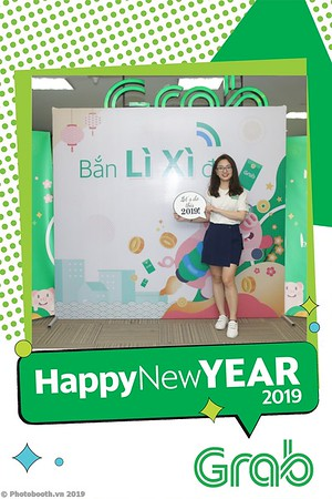 Grab-Hanoi-Kim-Anh-Office-New-Year-instant-print-photobooth-Chup-anh-hinh-hinh-lay-lien-nam-moi-photobooth-vietnam-011-1
