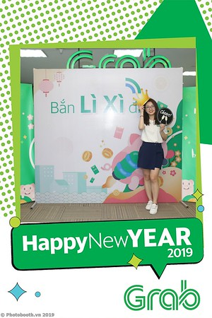 Grab-Hanoi-Kim-Anh-Office-New-Year-instant-print-photobooth-Chup-anh-hinh-hinh-lay-lien-nam-moi-photobooth-vietnam-010-1