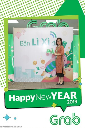 Grab-Hanoi-Kim-Anh-Office-New-Year-instant-print-photobooth-Chup-anh-hinh-hinh-lay-lien-nam-moi-photobooth-vietnam-005-1