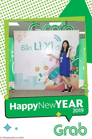 Grab-Hanoi-Kim-Anh-Office-New-Year-instant-print-photobooth-Chup-anh-hinh-hinh-lay-lien-nam-moi-photobooth-vietnam-006-3