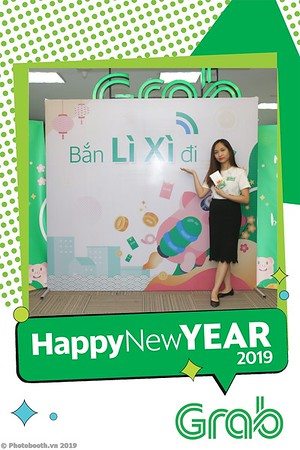 Grab-Hanoi-Kim-Anh-Office-New-Year-instant-print-photobooth-Chup-anh-hinh-hinh-lay-lien-nam-moi-photobooth-vietnam-007-3