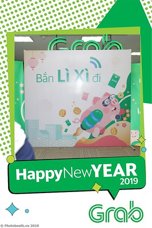 Grab-Hanoi-Kim-Anh-Office-New-Year-instant-print-photobooth-Chup-anh-hinh-hinh-lay-lien-nam-moi-photobooth-vietnam-010-4