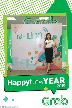 Grab-Hanoi-Kim-Anh-Office-New-Year-instant-print-photobooth-Chup-anh-hinh-hinh-lay-lien-nam-moi-photobooth-vietnam-007-4