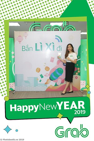 Grab-Hanoi-Kim-Anh-Office-New-Year-instant-print-photobooth-Chup-anh-hinh-hinh-lay-lien-nam-moi-photobooth-vietnam-009-3