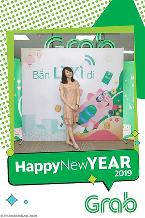 Grab-Hanoi-Kim-Anh-Office-New-Year-instant-print-photobooth-Chup-anh-hinh-hinh-lay-lien-nam-moi-photobooth-vietnam-001-3