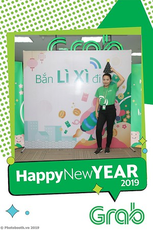 Grab-Hanoi-Kim-Anh-Office-New-Year-instant-print-photobooth-Chup-anh-hinh-hinh-lay-lien-nam-moi-photobooth-vietnam-012-3