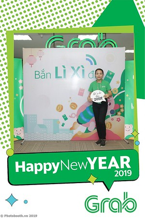 Grab-Hanoi-Kim-Anh-Office-New-Year-instant-print-photobooth-Chup-anh-hinh-hinh-lay-lien-nam-moi-photobooth-vietnam-012-4
