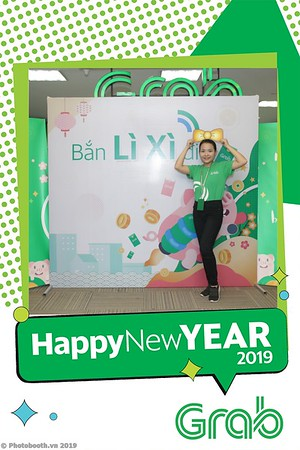 Grab-Hanoi-Kim-Anh-Office-New-Year-instant-print-photobooth-Chup-anh-hinh-hinh-lay-lien-nam-moi-photobooth-vietnam-012-1