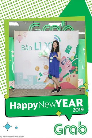 Grab-Hanoi-Kim-Anh-Office-New-Year-instant-print-photobooth-Chup-anh-hinh-hinh-lay-lien-nam-moi-photobooth-vietnam-003-2