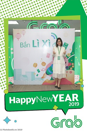Grab-Hanoi-Kim-Anh-Office-New-Year-instant-print-photobooth-Chup-anh-hinh-hinh-lay-lien-nam-moi-photobooth-vietnam-008-3