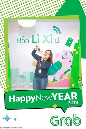 Grab-Hanoi-Van-Phuc-Office-New-Year-instant-print-photobooth-Chup-anh-hinh-hinh-lay-lien-nam-moi-photobooth-vietnam-002-4
