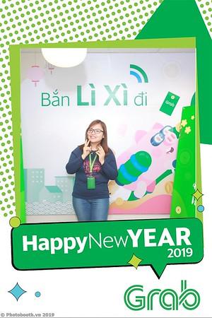 Grab-Hanoi-Van-Phuc-Office-New-Year-instant-print-photobooth-Chup-anh-hinh-hinh-lay-lien-nam-moi-photobooth-vietnam-001-2
