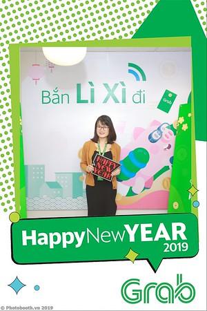 Grab-Hanoi-Van-Phuc-Office-New-Year-instant-print-photobooth-Chup-anh-hinh-hinh-lay-lien-nam-moi-photobooth-vietnam-003-1