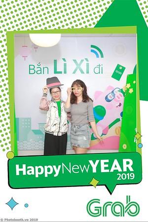 Grab-Hanoi-Van-Phuc-Office-New-Year-instant-print-photobooth-Chup-anh-hinh-hinh-lay-lien-nam-moi-photobooth-vietnam-012-2