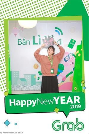 Grab-Hanoi-Van-Phuc-Office-New-Year-instant-print-photobooth-Chup-anh-hinh-hinh-lay-lien-nam-moi-photobooth-vietnam-005-4
