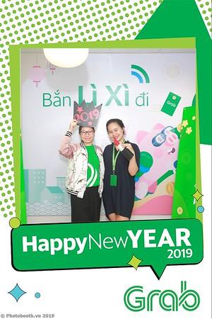 Grab-Hanoi-Van-Phuc-Office-New-Year-instant-print-photobooth-Chup-anh-hinh-hinh-lay-lien-nam-moi-photobooth-vietnam-010-4