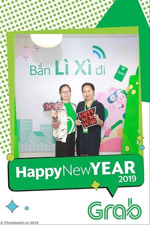 Grab-Hanoi-Van-Phuc-Office-New-Year-instant-print-photobooth-Chup-anh-hinh-hinh-lay-lien-nam-moi-photobooth-vietnam-010-1