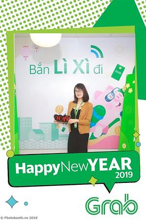 Grab-Hanoi-Van-Phuc-Office-New-Year-instant-print-photobooth-Chup-anh-hinh-hinh-lay-lien-nam-moi-photobooth-vietnam-003-3