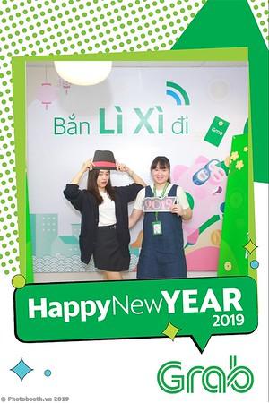 Grab-Hanoi-Van-Phuc-Office-New-Year-instant-print-photobooth-Chup-anh-hinh-hinh-lay-lien-nam-moi-photobooth-vietnam-011-4