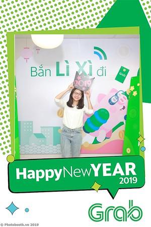 Grab-Hanoi-Van-Phuc-Office-New-Year-instant-print-photobooth-Chup-anh-hinh-hinh-lay-lien-nam-moi-photobooth-vietnam-004-3