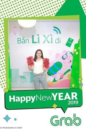 Grab-Hanoi-Van-Phuc-Office-New-Year-instant-print-photobooth-Chup-anh-hinh-hinh-lay-lien-nam-moi-photobooth-vietnam-007-3