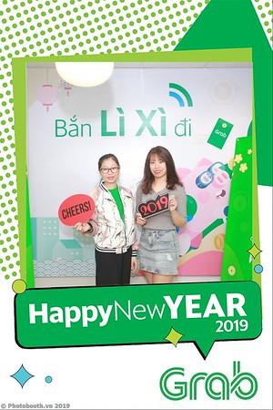 Grab-Hanoi-Van-Phuc-Office-New-Year-instant-print-photobooth-Chup-anh-hinh-hinh-lay-lien-nam-moi-photobooth-vietnam-012-1