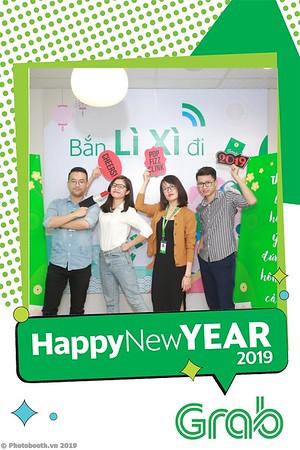 Grab-Hanoi-Van-Phuc-Office-New-Year-instant-print-photobooth-Chup-anh-hinh-hinh-lay-lien-nam-moi-photobooth-vietnam-008-3