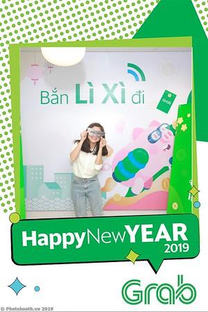 Grab-Hanoi-Van-Phuc-Office-New-Year-instant-print-photobooth-Chup-anh-hinh-hinh-lay-lien-nam-moi-photobooth-vietnam-004-2