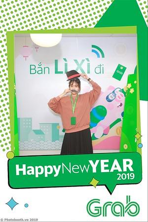 Grab-Hanoi-Van-Phuc-Office-New-Year-instant-print-photobooth-Chup-anh-hinh-hinh-lay-lien-nam-moi-photobooth-vietnam-005-1