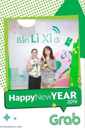Grab-Hanoi-Van-Phuc-Office-New-Year-instant-print-photobooth-Chup-anh-hinh-hinh-lay-lien-nam-moi-photobooth-vietnam-012-4