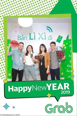 Grab-Hanoi-Van-Phuc-Office-New-Year-instant-print-photobooth-Chup-anh-hinh-hinh-lay-lien-nam-moi-photobooth-vietnam-008-1