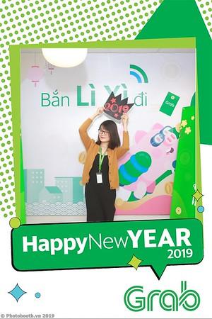 Grab-Hanoi-Van-Phuc-Office-New-Year-instant-print-photobooth-Chup-anh-hinh-hinh-lay-lien-nam-moi-photobooth-vietnam-003-2