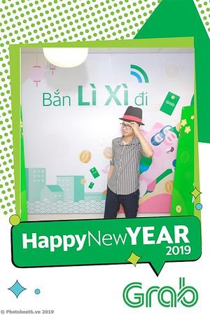 Grab-Hanoi-Van-Phuc-Office-New-Year-instant-print-photobooth-Chup-anh-hinh-hinh-lay-lien-nam-moi-photobooth-vietnam-006-3