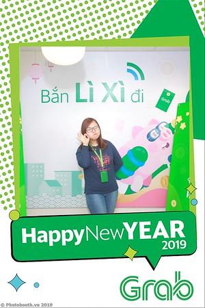 Grab-Hanoi-Van-Phuc-Office-New-Year-instant-print-photobooth-Chup-anh-hinh-hinh-lay-lien-nam-moi-photobooth-vietnam-001-1