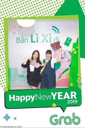 Grab-Hanoi-Van-Phuc-Office-New-Year-instant-print-photobooth-Chup-anh-hinh-hinh-lay-lien-nam-moi-photobooth-vietnam-011-2