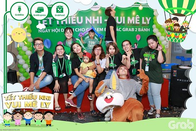 GrabKid-Tet-Thieu-Nhi-Vui-Me-Ly-Children-Day-Activation-instant-print-WefieBox-photo-booth-Vietnam-007