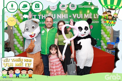 GrabKid-Tet-Thieu-Nhi-Vui-Me-Ly-Children-Day-Activation-instant-print-WefieBox-photo-booth-Vietnam-040