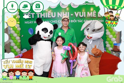 GrabKid-Tet-Thieu-Nhi-Vui-Me-Ly-Children-Day-Activation-instant-print-WefieBox-photo-booth-Vietnam-029