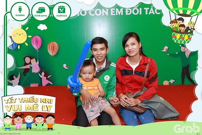 GrabKid-Tet-Thieu-Nhi-Vui-Me-Ly-Children-Day-Activation-instant-print-WefieBox-photo-booth-Vietnam-015