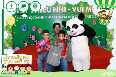 GrabKid-Tet-Thieu-Nhi-Vui-Me-Ly-Children-Day-Activation-instant-print-WefieBox-photo-booth-Vietnam-034