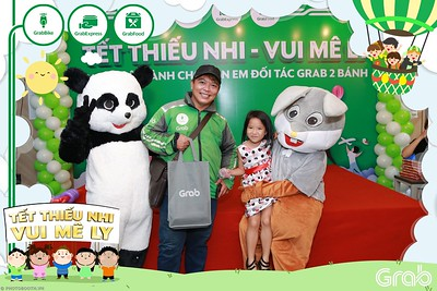 GrabKid-Tet-Thieu-Nhi-Vui-Me-Ly-Children-Day-Activation-instant-print-WefieBox-photo-booth-Vietnam-032