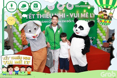 GrabKid-Tet-Thieu-Nhi-Vui-Me-Ly-Children-Day-Activation-instant-print-WefieBox-photo-booth-Vietnam-042