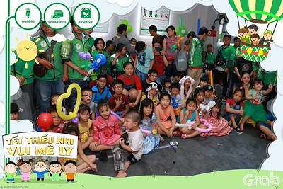 GrabKid-Tet-Thieu-Nhi-Vui-Me-Ly-Children-Day-Activation-instant-print-WefieBox-photo-booth-Vietnam-009